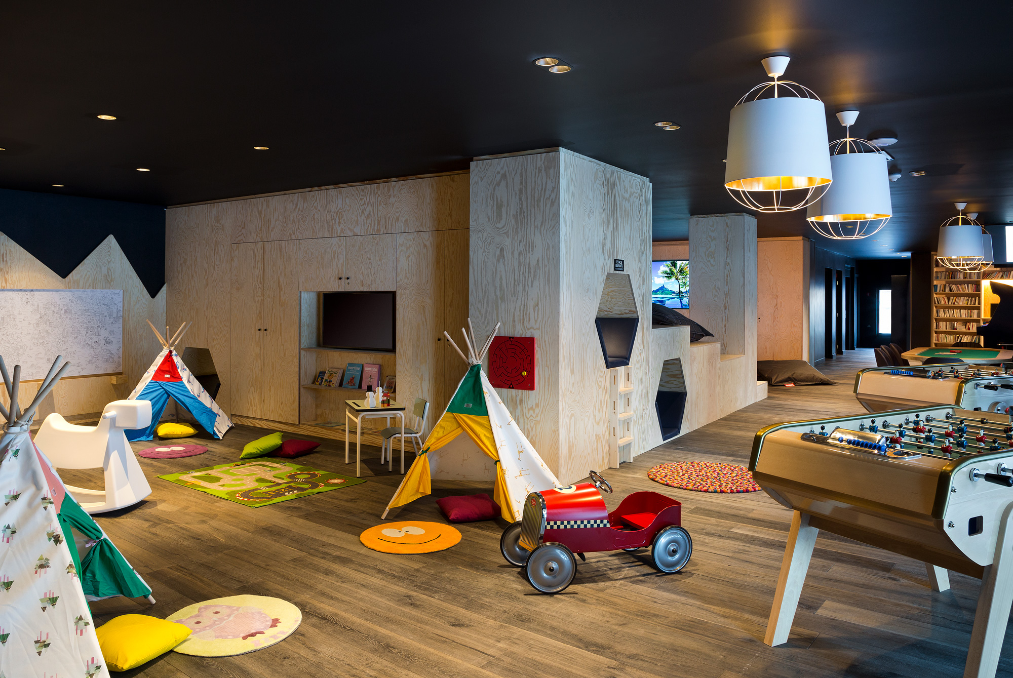 4-Araucaria-Hotel-Spa-espace-jeu-HD